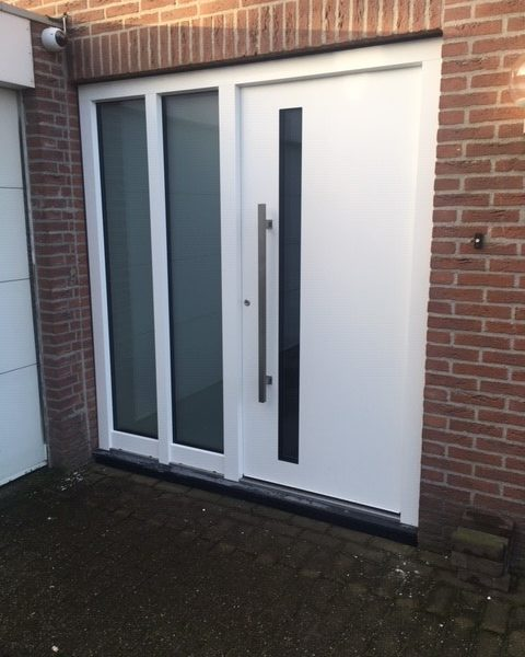 voordeur Elegance model Excellent 8R